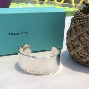 2001 Tiffany & Co .925 Sterling Cuff